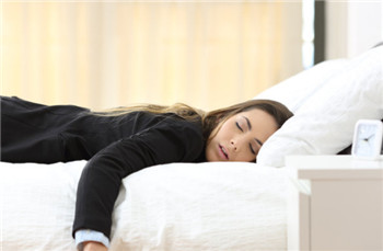 有哪些原因会引起突然失眠