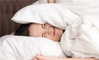 女性出现失眠怎样调节